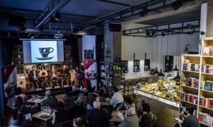 http://kozepsuli.hu/ujabb-irodalmi-kavezo-nyilik-budapesten/